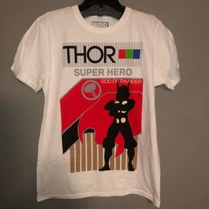 Thor Superhero T-shirt White Sz M God Of Thunder